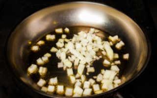 Шампиньоны в сметане на сковороде, в духовке и мультиварке – рецепты жульена, соуса и бефстроганова