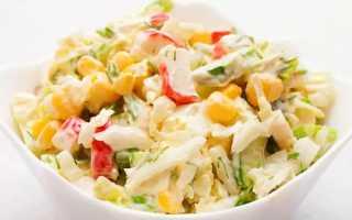 Салат с пекинской капустой и крабовыми палочками – рецепты с кукурузой, огурцом, рисом и помидорами