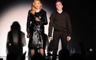 Маленькая победа Мадонны: рассмотрение дела об опеке сына перенесли в суд Америки