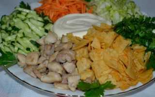 Салат «Козел в огороде» – рецепты с говядиной, колбасой, курицей и сухариками