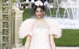 Неделя высокой моды в Париже: Кайя Гербер, Марион Котийяр и другие звезды на показе Chanel