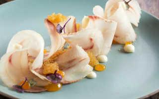 Блюда из рыбы – жареный минтай, гриль-лосось, запеченная в сметане рыба, строганина из скумбрии, маринованная корюшка и другие рецепты