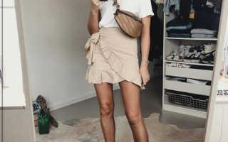 Модная женская барсетка – как выглядит, прозрачная, спортивная, кожаная, голографическая, неоновая, с чем носить