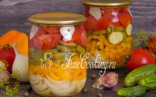 Самые вкусные салаты из помидор на зиму – рецепты с луком, огурцами, фасолью и перцем