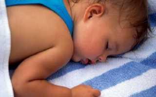 Ребенок потеет во сне – причины. Ночная потливость – что делать?