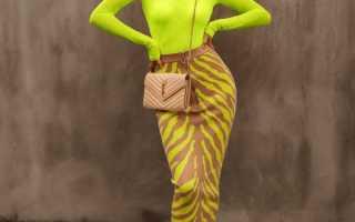 Монохром в одежде – толстовки, платье, принт, образ, обувь, сумки, аксессуары, макияж,