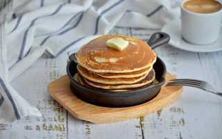 Панкейки – классический рецепт на кефире, молоке и на воде. Как приготовить американские панкейки?