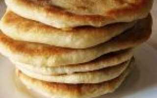 Лепешки на молоке свежем, кислом или топленом – рецепты с сыром, зеленью и с начинками