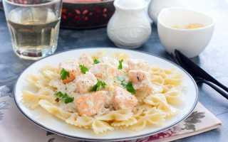 Сливочный соус – тефтели, паста, свинина с грибами, семга, ризотто и креветки в соусе